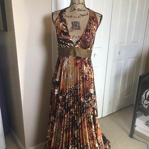 Maxi dress by Xoxo